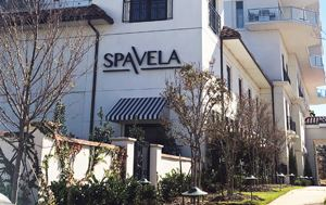 photo of the outside building of SpaVela in Flower Mound