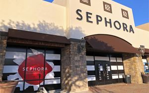 photo of the outside of Sephora